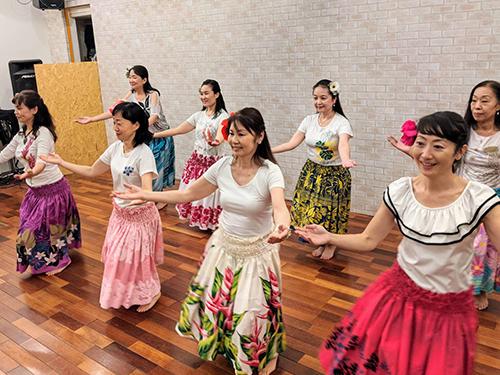 Kapua O Maile Liilii Hula School